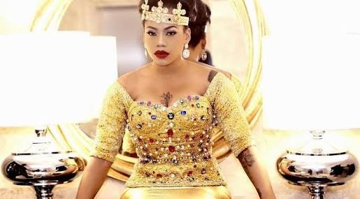 """Every man is entitled to 10 women""- Toyin Lawani said so"